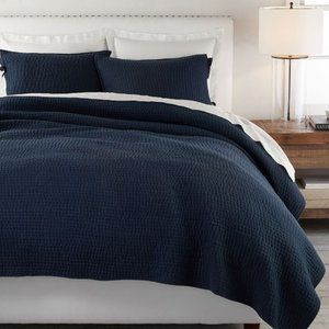 Pottery Barn Queen Pick-stitch Quilt 2 Shams